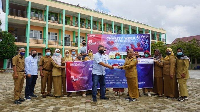 PTBA Kertapati PalembangBagi-bagi Sembako dan Paket Internet untuk Pelajar Ramaikan Charity Week