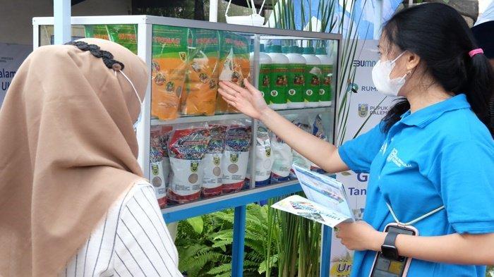 Melalui Creating Share Value, PUSRI Edukasi Komunitas Tanaman Hias