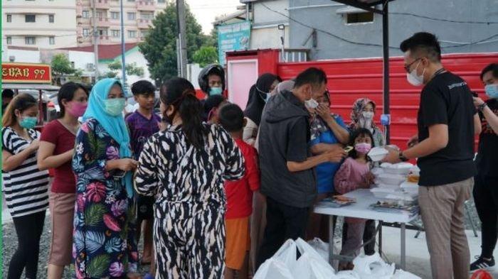 Rangkaian kegiatan berbagi iftar yang digelar Ralali.com