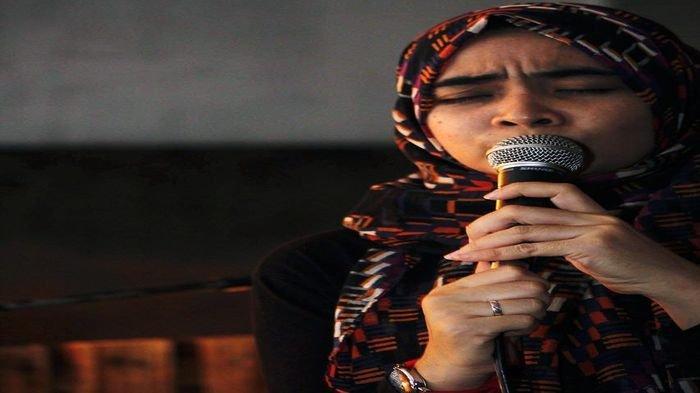 Rani Amalia Busyra : Senang, Lega dan Merasa Bahagia Jika Audiens Menikmati Puisi yang Saya Bacakan - rani3jpg.jpg