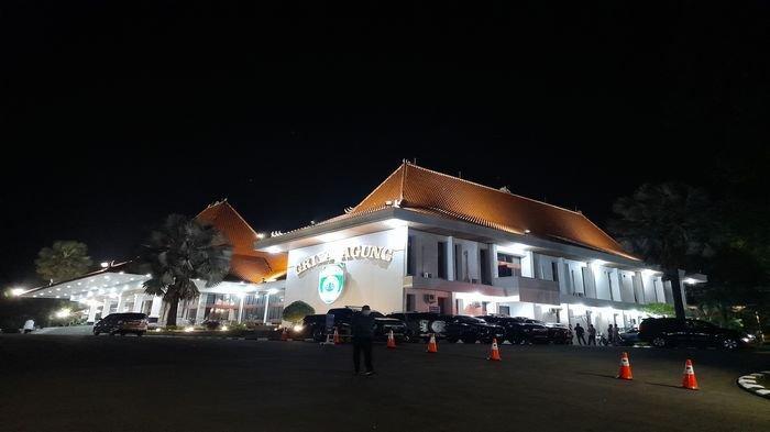 Gubernur Sumsel Herman Deru Gelar Rapat Setelah KPK Resmi Menahan Bupati Muara Enim Juarsah