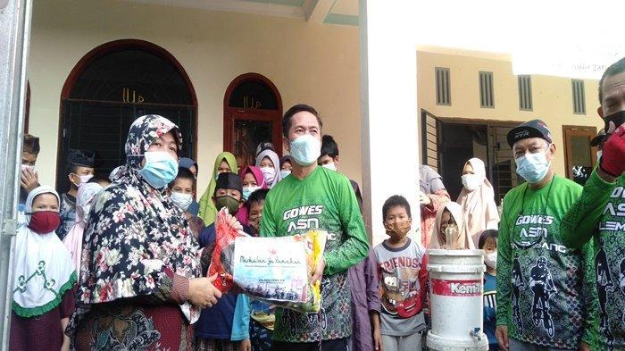 Ratu Dewa Salurkan 900 Kg Beras ke Panti Asuhan, Urunan ASN Gowes Pemkot Palembang