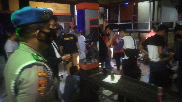 Razia Satres Narkoba Polrestabes Palembang, Pengunjung Cafe Berhamburan: Puluhan Orang Positif