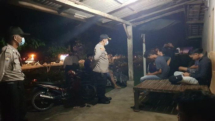 Polres OKU Timur Gelar Razia Antisipasi Tindak Kejahatan dan Sosialisasi Pencegahan Covid-19