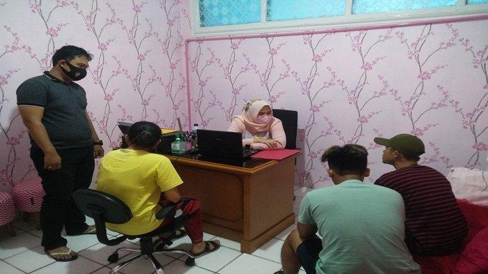 Satu Cewek & 2 Pria Pesta Ekstasi Saat Berada di Penginapan Palembang, Ada Seorang Warga Prabumulih