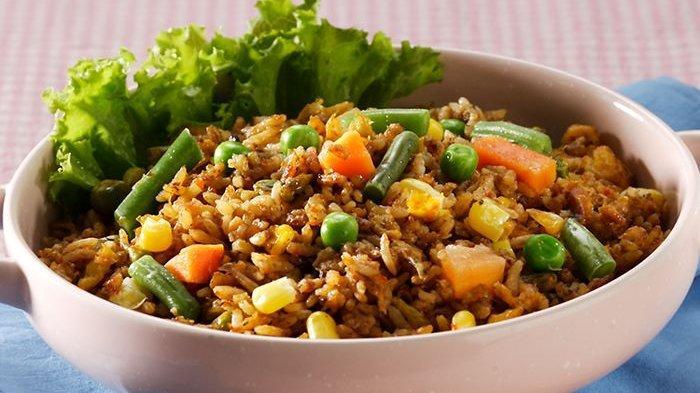 AWAS Nyawa Bisa Melayang! Ini Bahayanya 5 Makanan yang Disatukan dalam Nasi Goreng, Mematikan!