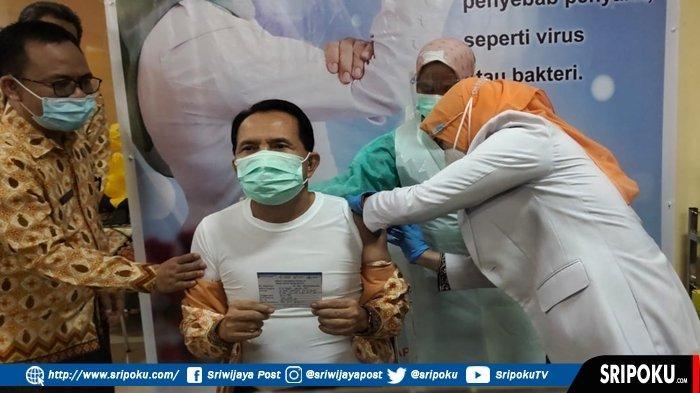 WALIKOTA Prabumulih Ridho Yahya : Sudah Disuntik (Vaksin) Agak Pegal, Pegal Nian di Tangan