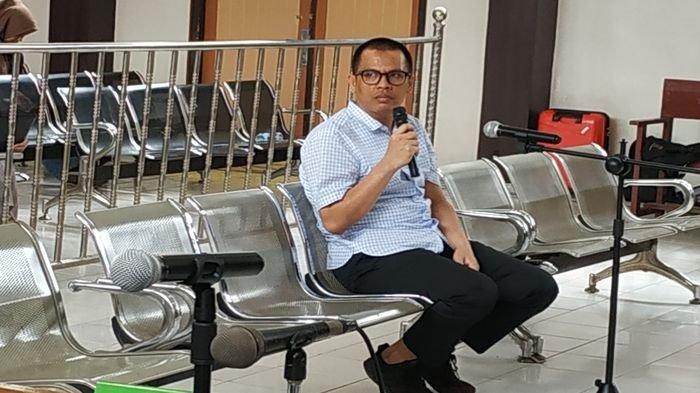 Robi Pakai Uang Pribadinya dari Empat Rekening untuk Bayar Fee kepada Bupati dan 25 Anggota DPRD