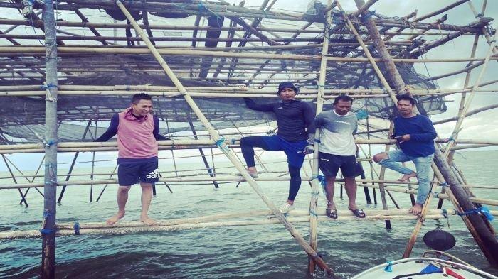 Stoper Sriwijaya FC Erwin GutawaJadi NelayanTaklukkanLaut Lontar