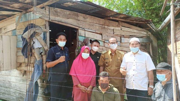 Terima Kasih Dinas Perkebunan Provinsi Sumsel, Bantu Bedah Rumah Warga