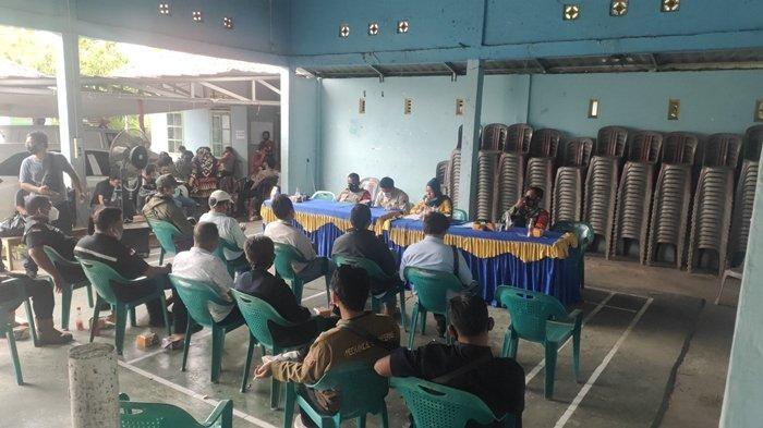 Tiga Perusahaan Batubara Penuhi Sebagian Tuntutan Masyarakat Desa Karang Raja Muaraenim