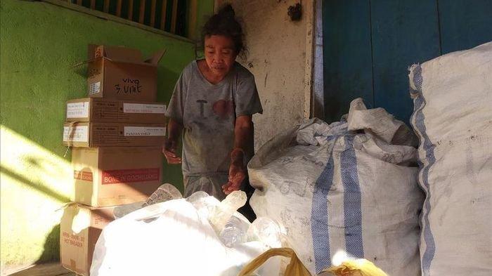 Kisah Nenek Sahnun Pemulung Menabung 5 Tahun untuk Beli Sapi Kurban