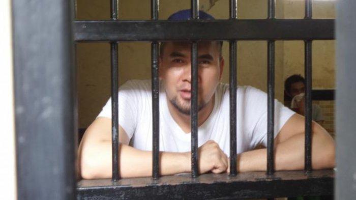 Saipul Jamil di sel tahanan Pengadilan Negeri Jakarta Utara, Senin (6/6/2016)