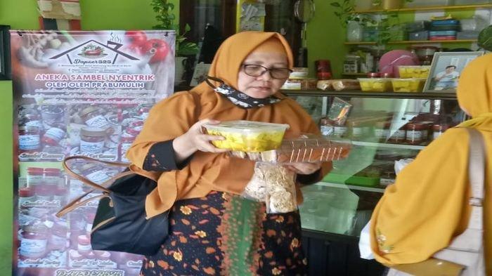 Viral Sambal Cumi Nyentik di Prabumulih, Ramai Ibu-ibu dari Luar Kota Belajar Bikin Sambal