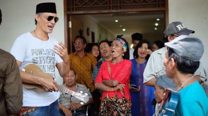 Sambut Sukacita Natal 2018, Ini 5 Tradisi Perayaan Natal di Indonesia, No 4 Rabo-rabo di Jakarta