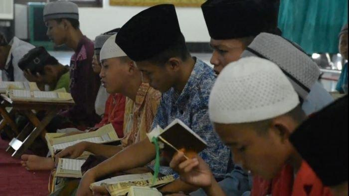 Panti Asuhan Al-Barokah,Laskah Para Santri Pengejar Mimpi