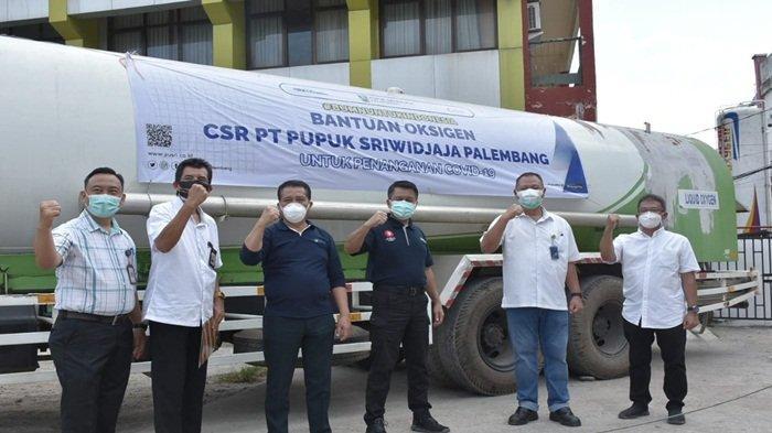 Sebanyak 2,26 ton oksigen liquid secara resmi dilepaskan oleh Direktur Utama Pusri, Tri Wahyudi Saleh didampingi Direktur Operasi dan Produksi, Filius Yuliandi dan dikirimkan dari Pusri menuju RSUD Palembang Bari pada 7 Juli 2021