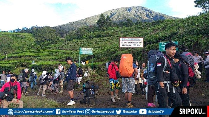 Agar Aman dan Selamat Saat Mendaki Gunung Dempo, Bisa Dicoba 8 Tips Berikut Ini