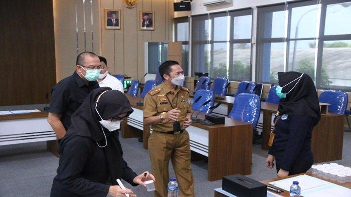 618 Pegawai PDAM Tirta Musi Palembang Tes Urine