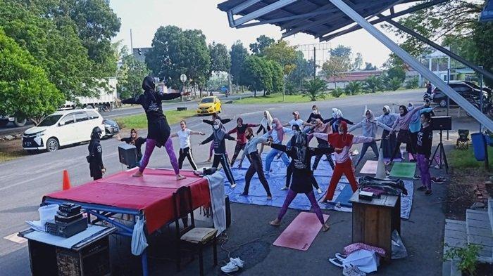 KAPHA Yoga Indonesia Yoga School Palembang Mengadakan Senam Bersama di Kota Kayuagung