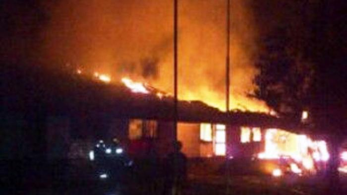 Buntut dari Ada Warga Ditangkap Polisi, Kantor PT Arrtu Plantation Terbakar, Diduga Dibakar Massa