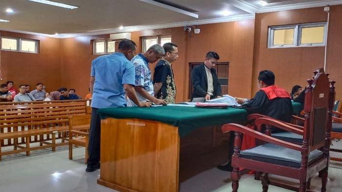 Kuasa Hukum Polda Sumsel dan Wakil Bupati OKUSama-sama Ajukan Barang Bukti di Sidang Praperadilan