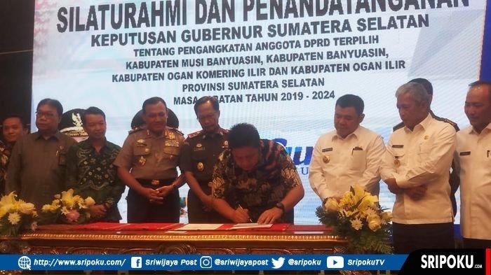 Kapolda Sumsel Irjen Pol Firli Ingatkan Anggota DPRD yang Baru Dilantik tidak Minta Uang Ketok Palu