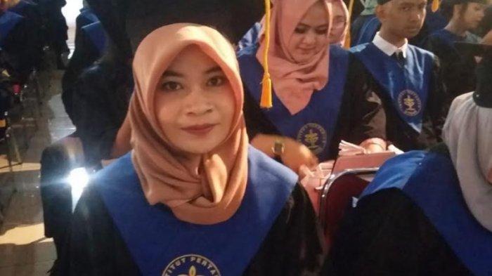 Kisah Anak Petani Lulusan Terbaik IPB yang Cari Uang dengan Jualan Makanan dan Jadi Guru Bimbel