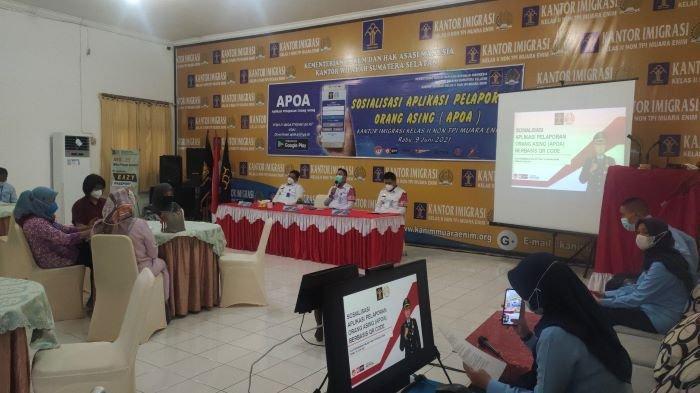 Aplikasi APOA Efektifkan Pengawasan WNA di Muara Enim, Hati-hati Ada WNA Bisa Didenda Rp 25 juta