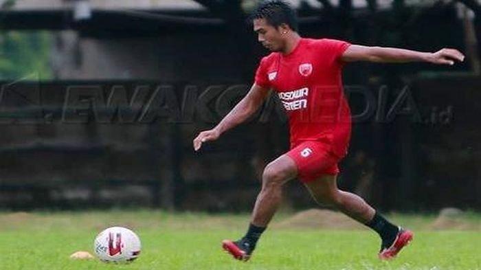 Dikontrak PSM Makassar, Mantan Pemain Sriwijaya FC Ini Mengaku Belum Dapat Tim Untuk Musim 2021