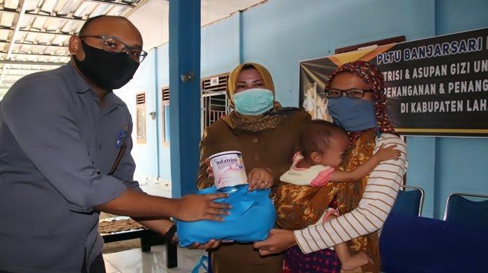 Nita Warga Merapi Timur Lahat Sedang Berbahagia, Berat Badan Anaknya Penderita Stunting Tambah 2 Kg