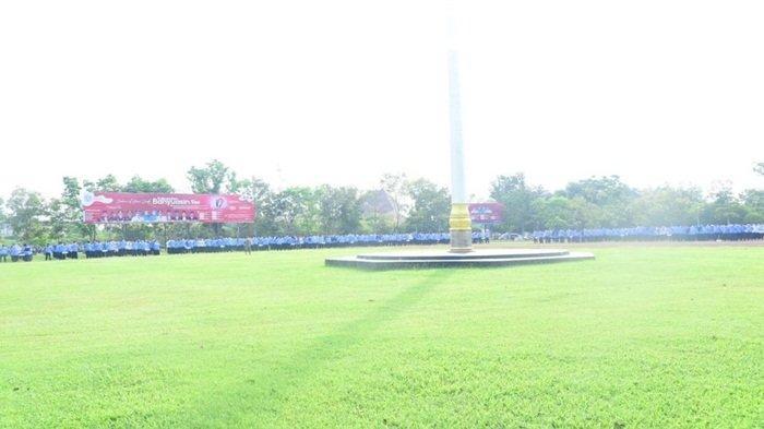 Suasana apel pagi usai libur Hari Raya Idul Fitri 1442 H di perkantoran Pemkab Banyuasin