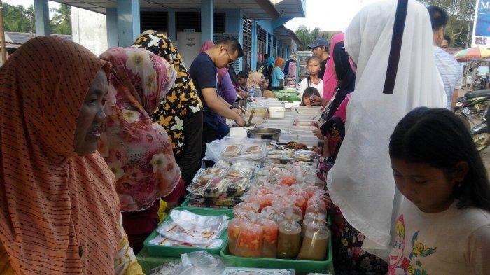 Menggiurkan. Ternyata Hingga Sebesar Ini Untung Jualan Makanan di Pasar Bedug Ramadan