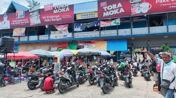 Sehari Jelang Ramadan 1442 H, Harga Daging Ayam hingga Cabai di Pasar KM 5 Ada Kenaikan