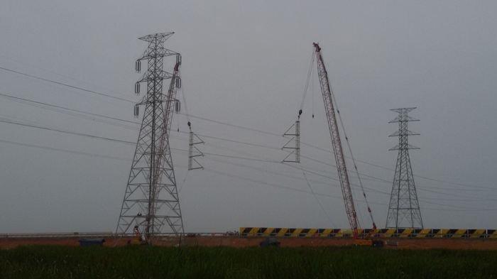 3 Sekawan di OKU Ini Nekat Curi Kabel Sutet PLN, Modal Gergaji Besi dan Disembunyikan di Kebun Sawit