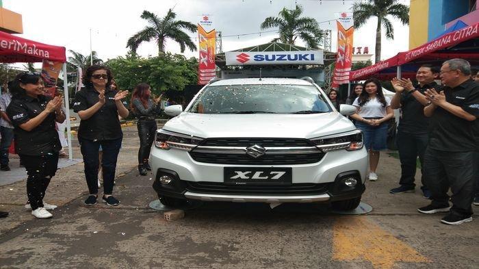 Hadir di Palembang Suzuki XL7 Berikan Pengalaman Berkendaraan Luar Biasa, Berikut Daftar Harganya