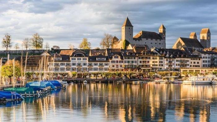 Pemandangan yang Indah Saat Jam Tujuh Malam di Musim Dingin, Zurich Tempatnya - swiss1jpg.jpg