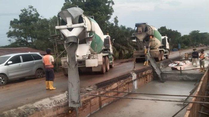 Jelang Lebaran, Balai Jalan Kebut Perbaikan Jalan Tanjung Api-api Sepanjang 15,9 Kilometer