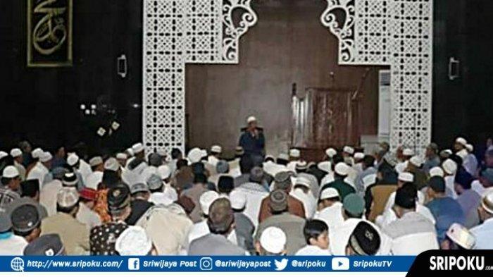 Tingkatkan Iman dan Takwa , Dua Ustadz Kondang Palembang Isi Ceramah Dua Masjid Agung Muaradua