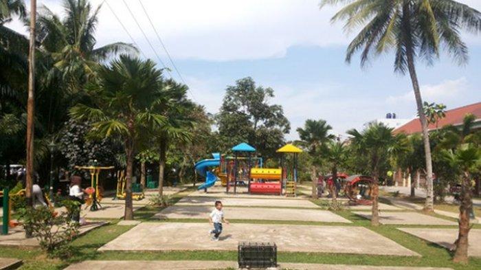 Pemalak di Taman Depan TVRI Palembang