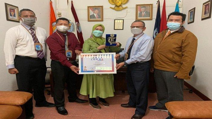 Politeknik Akamigas Palembang Mendapat Mata Lokal Award Kategori Kampus Terfavorit dari Tribunsumsel
