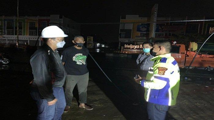 PLN Kerja Keras Pulihkan Gangguan Listrik di Palembang