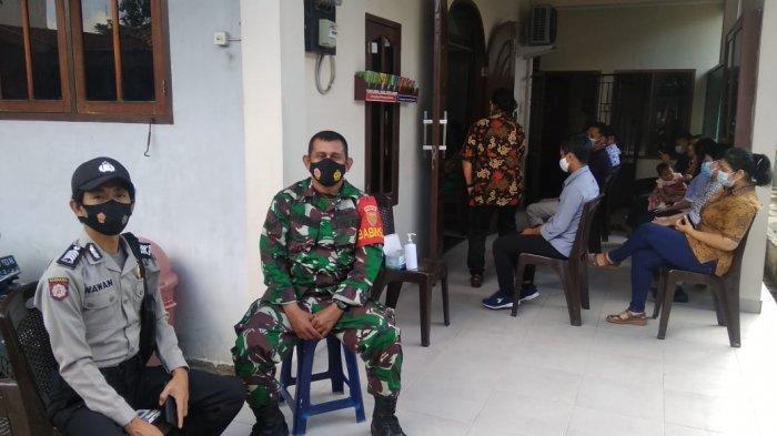Babinsa Koramil Sukarami Patroli Pam Nataru, Ini yang Dilakukan Serka Afifudin