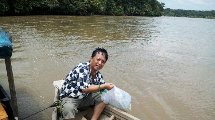 Lestarikan Habitat Sungai Komering, Ribuan Bibit Ikan Ditebar