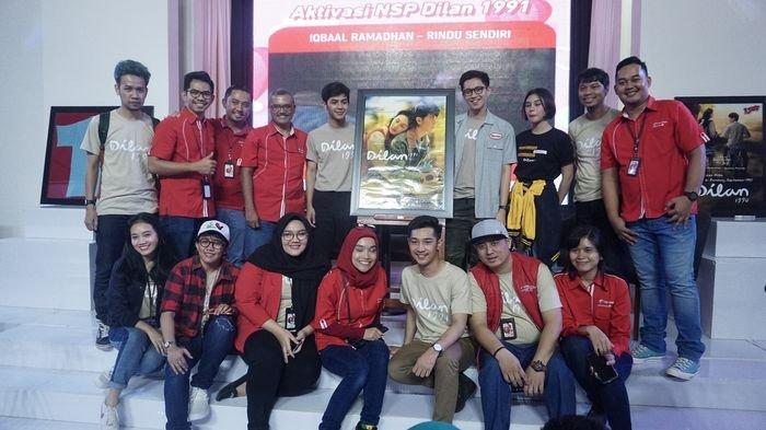 Telkomsel Persembahkan Meet and Greet dengan Artis Film Dilan 1991 di Palembang