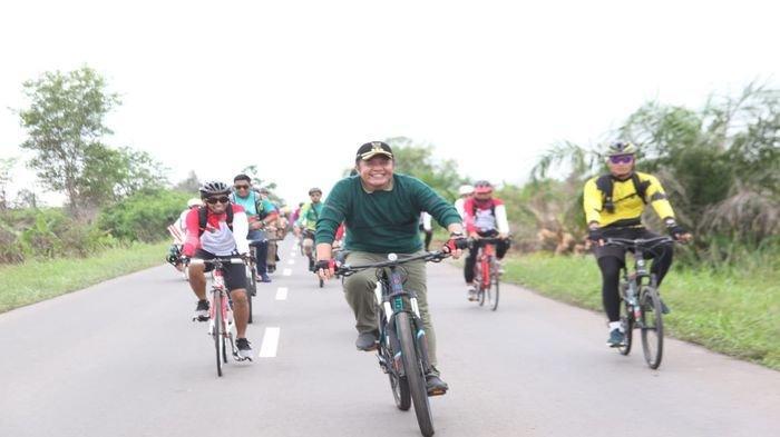 Tempuh 40 Km, Herman Deru Gowes Ke Sungsang