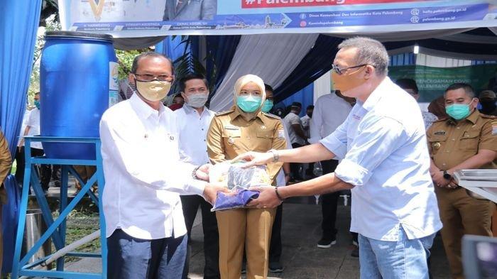 Bantuan APD Hingga Beras Terus Berdatangan ke Posko Penanganan Covid-19 Pemkot Palembang