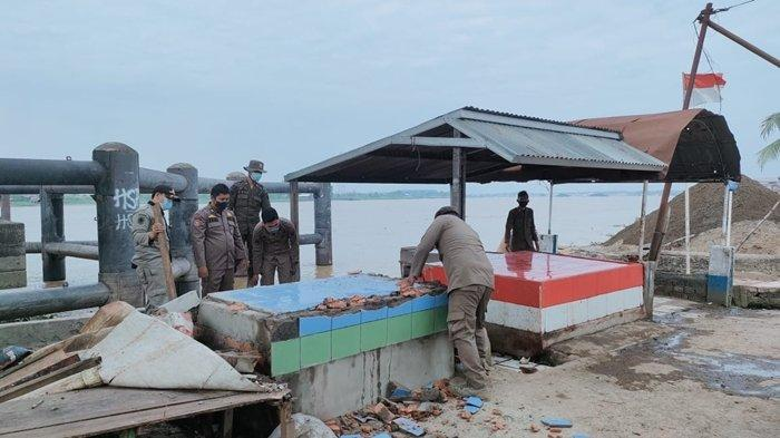 Ini Alasan Pol PP Tertibkan Warung di Bawah Jemabatan Musi II Palembang, 300 Pedagang Terdampak