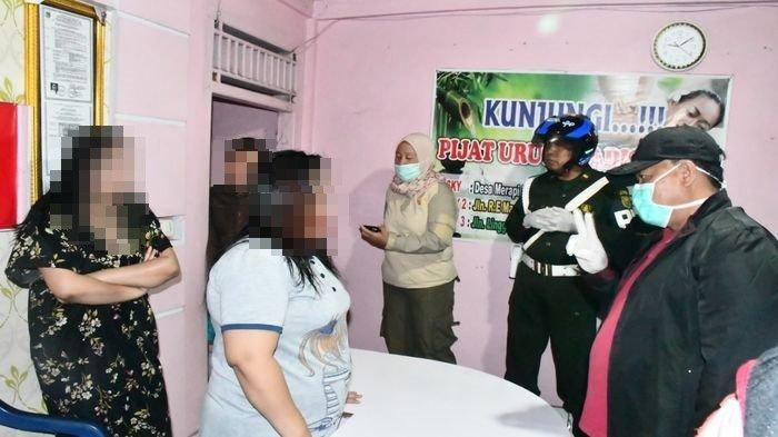 Di Kabupaten Lahat Sumsel, Tim Gabungan Pol PP, Polres dan Kodim Bubarkan Tempat Kerumunan Massa