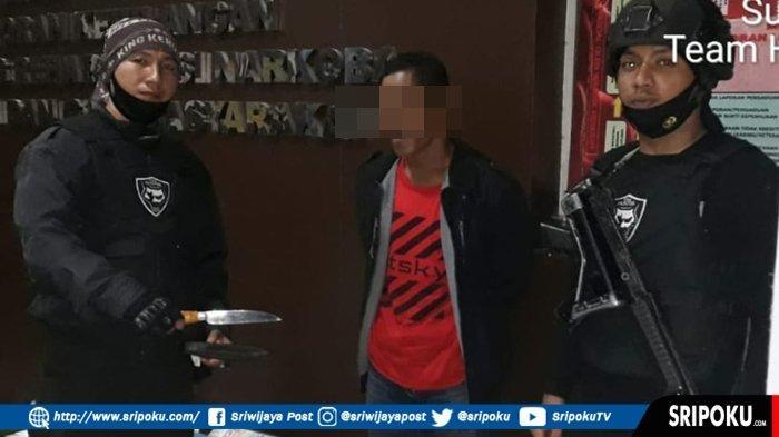 Warga Pedamaran OKI Ini Pasrah Dikepung Tim Hunter Polrestabes Palembang, Bawa Sajam di Jakabaring